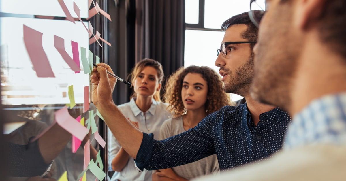 A collaborative approach stimulates system acceptance.